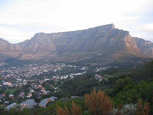 Capetown's unmistakable Table Mountain
